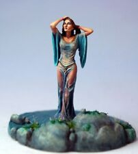 DARK SWORD MINIATURES - DSM7519 Woman Emerging from Water