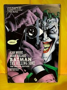 DC Comics - Batman The Killing Joke Deluxe (Hard Back Graphic Novel)