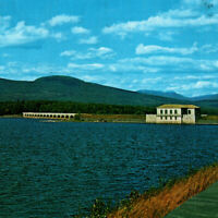 Vintage 1976 Gate House Bridge Dividing Weir Ashokan Reservoir Postcard New York