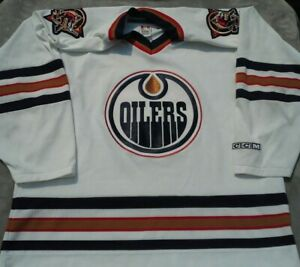 Edmonton Oilers NHL Hockey CCM White Jersey (Large)