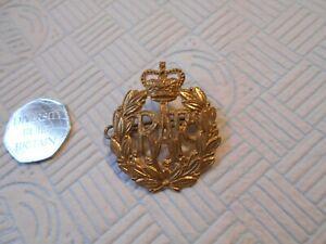RAF badge with lugs