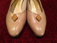 FERRAGAMO Saks Fifth Ave Beige Leather Slingback Heels Shoes Size 7-1/2 AAA