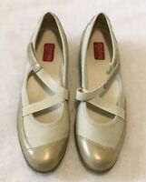 Munro Sport Mary Jane Flats Size 9 Extra Narrow Women's Gold Leather Cross Strap
