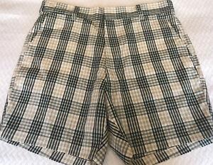 Vintage 50s SUMMER SEERSUCKER SHORTS Gray and White Shorts