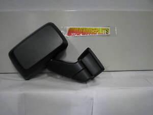 2007-2010 HUMMER H3 PASSENGER SIDE POWER MIRROR RIGHT NEW GM #  20836084