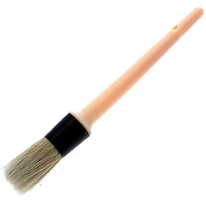 Lincoln Traditional Hoof Oil Brush with Plastic Handle - Horse Hoof Oil Brush