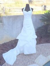 NEW DAVID'S BRIDAL D9538 SIZE 4 WHITE HALTER WEDDING DRESS W/SHOES & PURSE