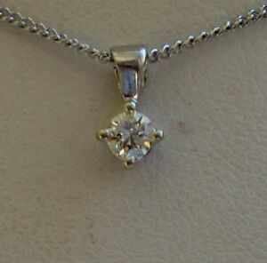 New 1/5ct Diamond Solitaire 9ct White Gold Pendant & Gold Chain £210 Freepost