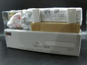 NOS Feed the Children Freightliner C120 Semi Bank 1:64 Liberty Classic SpecCast