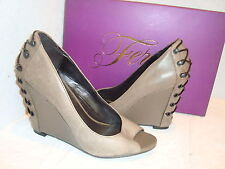New Fergie Womens Bionic Taupe Wedge Open Toe Shoes 6 Medium