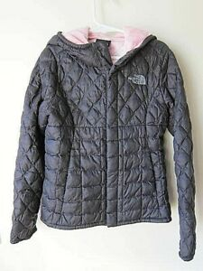 The North Face Girls Size XS (6) Nylon Quilted Jacket w/Pink Fleece Lined Hood