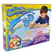 TOMY Aquadoodle Forme & Crée Eau Gribouillage Tapis ,Colorer & Dessin, 3 Ans