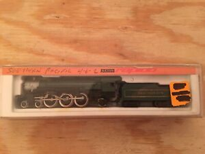 N Scale Arnold Rapido Southern 4-6-2 Powered Steam Locomotive #5312