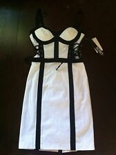 NWT XOXO WOMEN BEAUTIFUL BLACK AND WHITE DRESS WITH LACES SIZE 0
