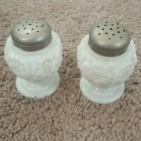 VINTAGE PAIR WHITE MILK GLASS SALT & PEPPER SHAKERS