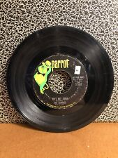 """THE ZOMBIES 45RPM 7"""" Single Parrot Records """"She's Not There"""" (J58)"""