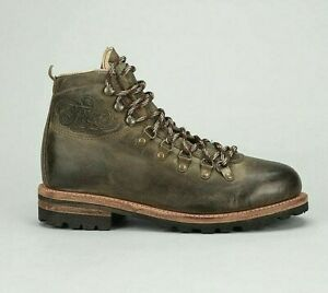 Frye Cobb Hiker Olive Logo Distressed Leather Trail Boots 9 Men RARE DS Made USA