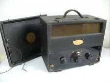 ART DECO TRAV-LER CHICAGO PORTABLE VALVE TUBE RADIO ANTIQUE COLLECTORS BAKELITE