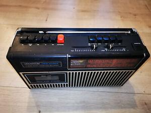 Universum Chrom-Automatik 4 Band Radio Cassetten Recorder