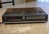 Vintage GE General Electric Alarm Clock Radio Model 7-4624b FM/AM Radio Tested