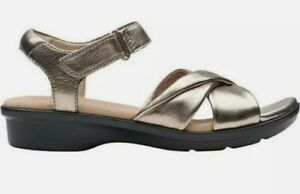 Ladies Clarks 'Loomis Chloe' Leather Crossover Strap Sandals - D Fitting new box