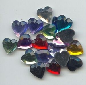 24 VINTAGE ASSORTED ACRYLIC 15mm. FACETED HEART CABOCHONS 2688