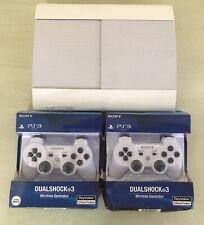 Sony PS3 SuperSlim 500GB Playstation 3 Konsole + 2 Dualshock Controller + Spiele