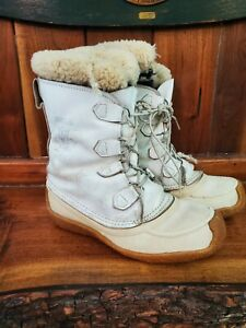 Sorel Women's Joan of Arctic Winter Boots. White/Tan. Size 9.