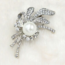 1Pc Enchanting Silver Plated Clear Glass Rhinestone Ivory Pearl Pin Brooch