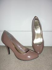 Dorothy Perkins Taupe Nude Almond Toe Patent Heels Court Shoes UK7 E41 RRP £25