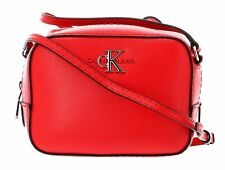 Calvin Klein CKJ Monogram Hardware Camera Bag Umhängetasche Tasche Racing Red