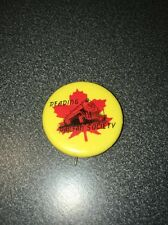 VINTAGE READING RAIL ROAD RAILFAN SOCIETY PIN WITH RED MAPLE LEAF AND ENGINE