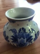 "Delft Pottery vase blue and white 3"" high ex condition"