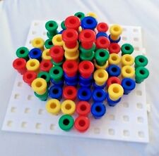 Square Peg Board 100 holes 20cmx20cm + 200 pegs for maths learning and games 3D
