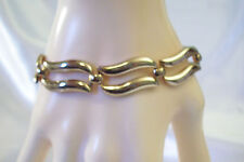 MONET WAVY LINKS Gold Plated Bracelet Safety Chain Classic Vintage Estate Career