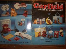 Vtg GARFIELD the Cat  KEEPS YOU IN STITCHES  plastic canvas PATTERN BOOK (#880)