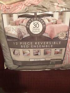 Casual Living by Jessica Sanders 12pc King Comforter Sheet Set  Reversible NIP