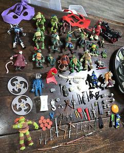 Huge Lot 22 Teenage Mutant Ninja Turtles Figures 32 Weapons 26 Stuff TMNT 75+pc