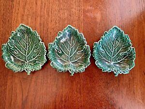 3 x Vintage Wedgwood Etruria & Barlaston Green Leaf Dishes