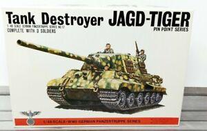 Bandai Tank Destroyer JAGD-Tiger German Panzertruppe Series No. 17 1/48 Scale