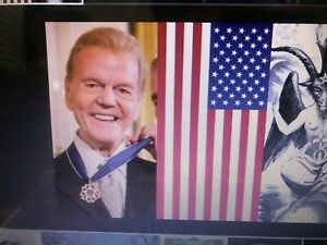 Paul Harvey The Rest Of The Story - Flash Drive - All 600+ Episodes