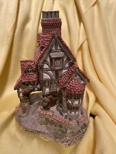 Squires Hall Vintage 1985 *Handcrafted David Winter Cottages*