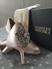 Badgley Mischka maxine light pink Satin heels size 9,5 new in box BRIDAL Wedding