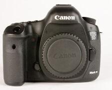 Canon EOS 5D Mark III 22.3MP Digital SLR Camera - Black (Shutter Count 54,417 )