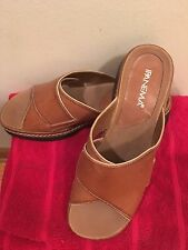 NWOT Light Brown Women's Slides by Ipanema Size 8.5 M