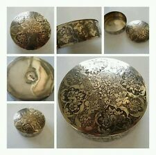 ANTIQUE PERSIAN SOLID SILVER BOX - 121.3 GRAMS - COLLECTIBLE SNUFF BOX
