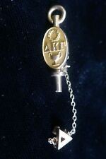 1928 10K  Delta Kappa Gamma Society for Key Women Educators pin with Guard