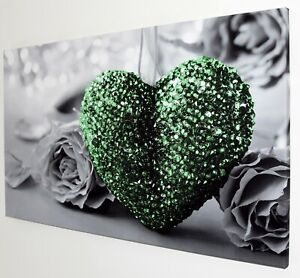 GREEN HEART ON BLACK AND WHITE CANVAS PRINT WALL ART PICTURE  18 X 32 INCH