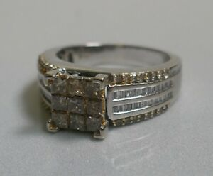 Modernist 10K White Gold Champagne & Clear Diamond Ring - Size 8 (1.00+ Carats)