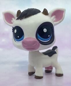 Littlest Pet Shop Authentic # 4-145 Black White Cow Blue Eyes Hungry Pet